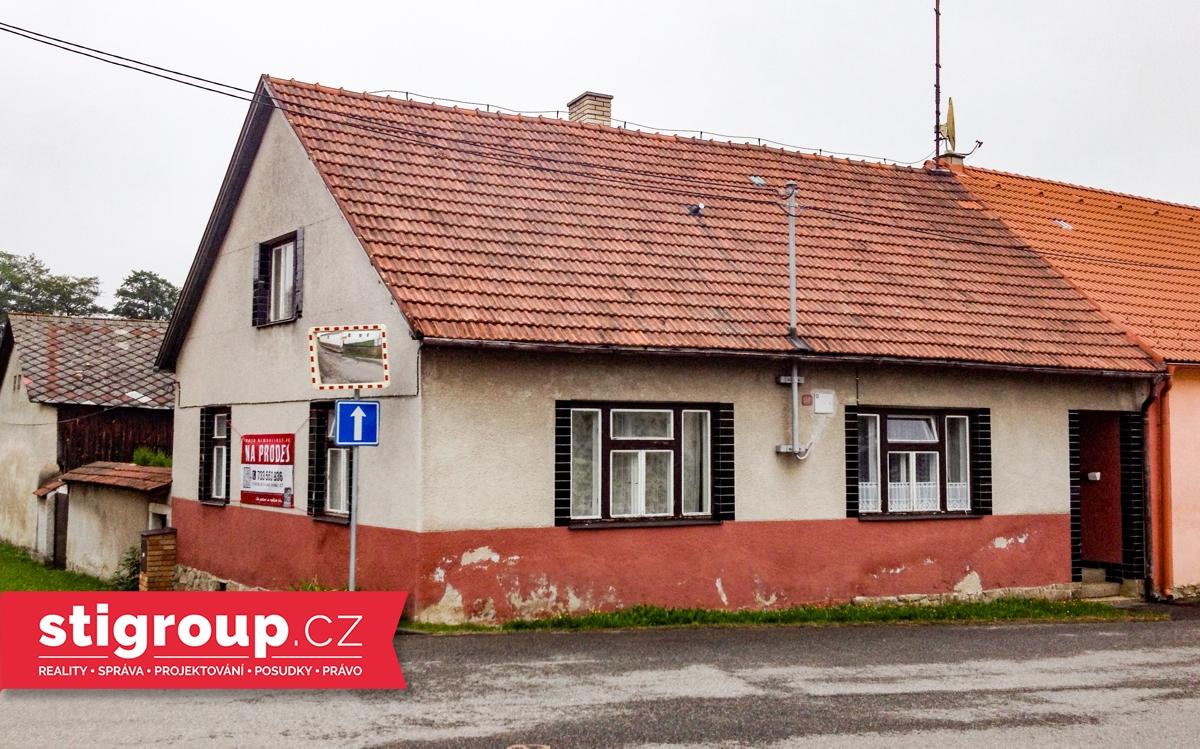 Dům 4+1 se zemědělským stavením, 200 m2, Rohozná u Jihlavy, okr. Jihlava